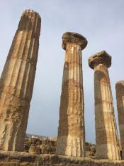 Остатки Храма Геркулеса, 6 век до н. э.