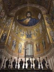 Католический Спаситель в Монреале, его называют Добрым, самая крупная оставшаяся «в живых» золотая мозаика в мире