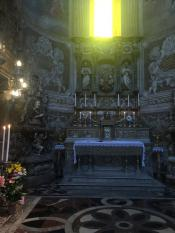 Главный храм Катании посвящён покровительнице - Святой Агате (она же Любовь). Это ее мощи.