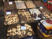 Катания, рынок. Традиционное рыночное блюдо - лук обжаренный