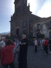 В Сан Альфино, у подножия Этны, храм посвящён трём братьям-святым, старшего звали Альфино, они остановили лаву и спасли городок
