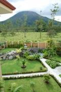 Вид из отеля на вулкан Ареналь