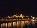 Королевский дворец в ночи