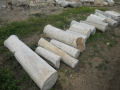 Осколки колонн в Кесарии