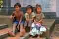 Дети у храма Пном Кулен