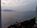 Вьетнамцы встают рано, чтобы успеть на пляж