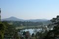 Вид на озеро Ксуан Хуонг из отеля Софитель Далат. Далат