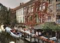 Лодочная станция на канале в бельгийском городе Брюгге