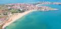 Вид с высоты на побережье Черного моря и болгарский город Созополь